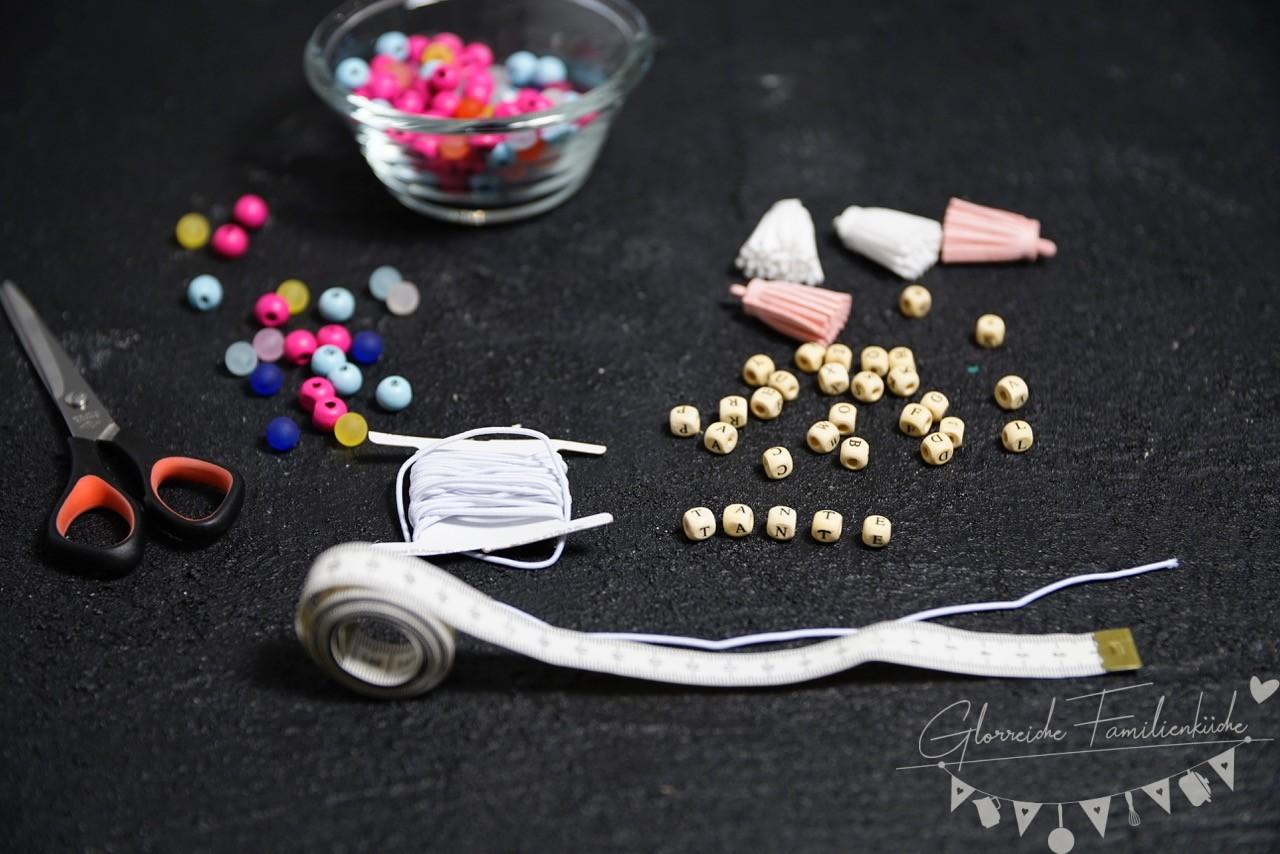 Material für die Armbänder - glorreiche Familienküche