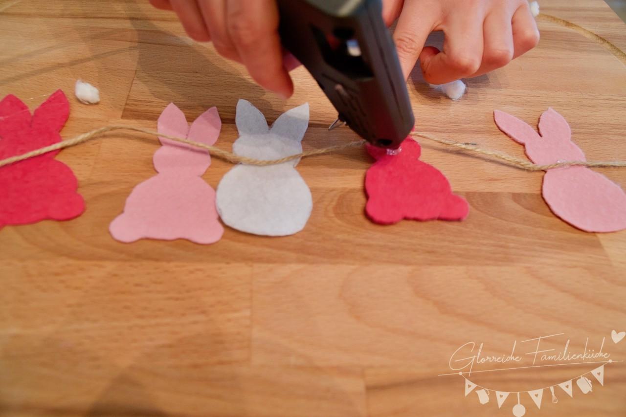 Hasengirlande Hase aufkleben Glorreiche Familienküche