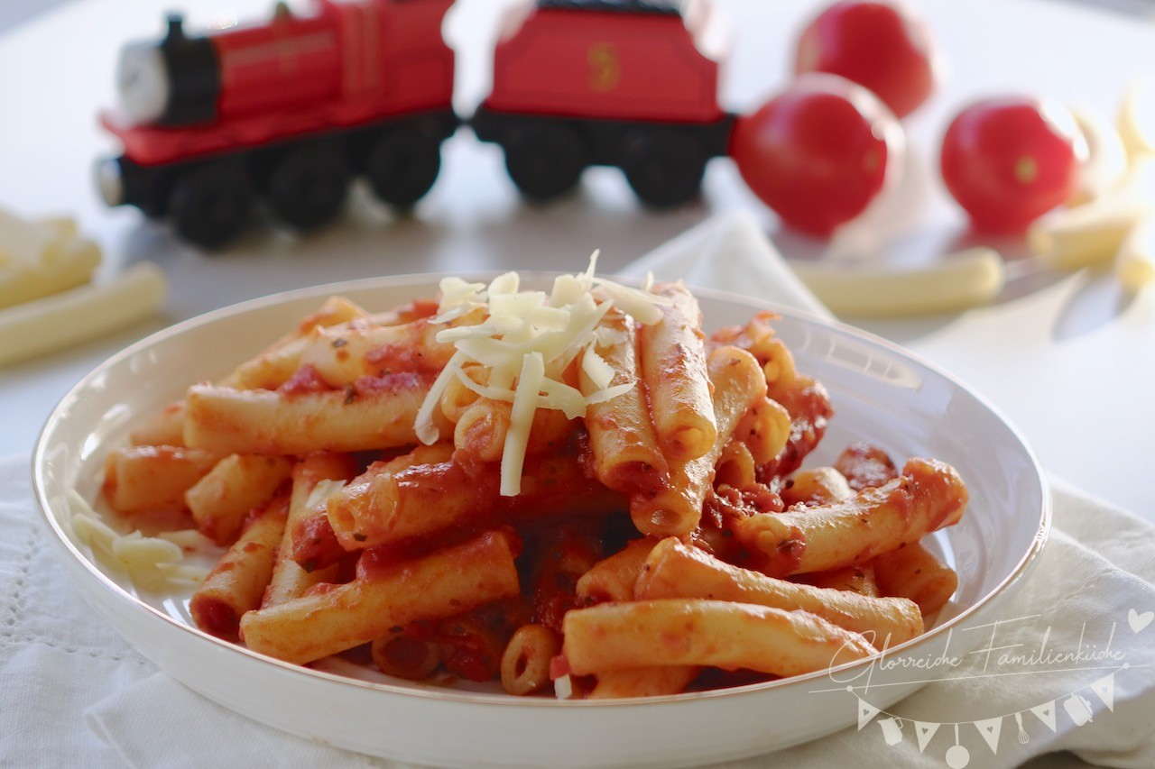 Nudeln mit Tomatensauce Rezept Glorreiche Familienkueche