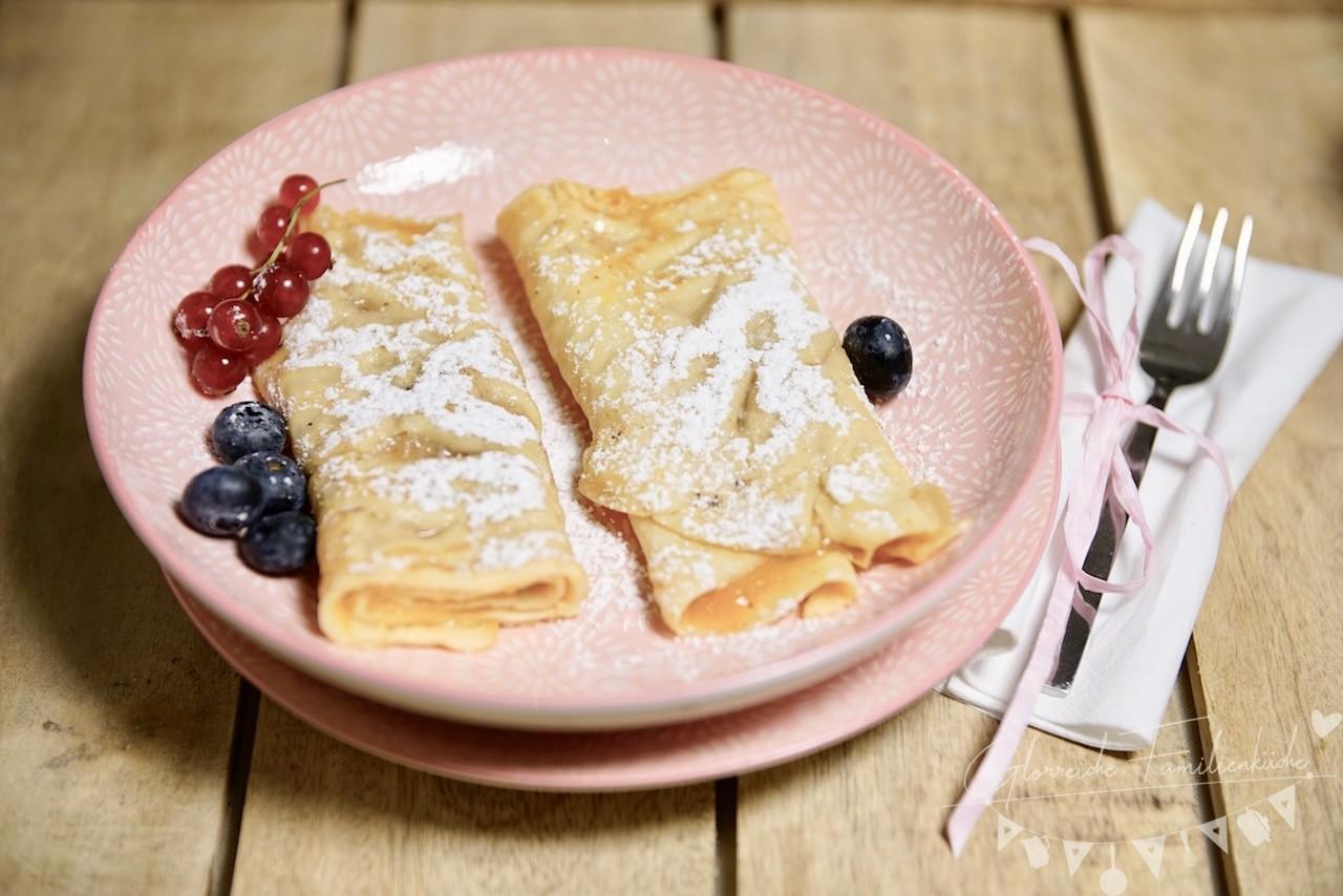 Palatschinken mit Marmeladefüllung Glorreiche Familienküche