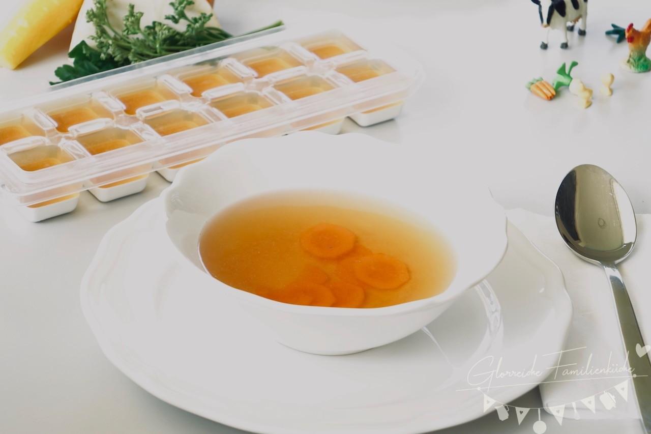 Klare Gemüsesuppe Glorreiche Familienküche