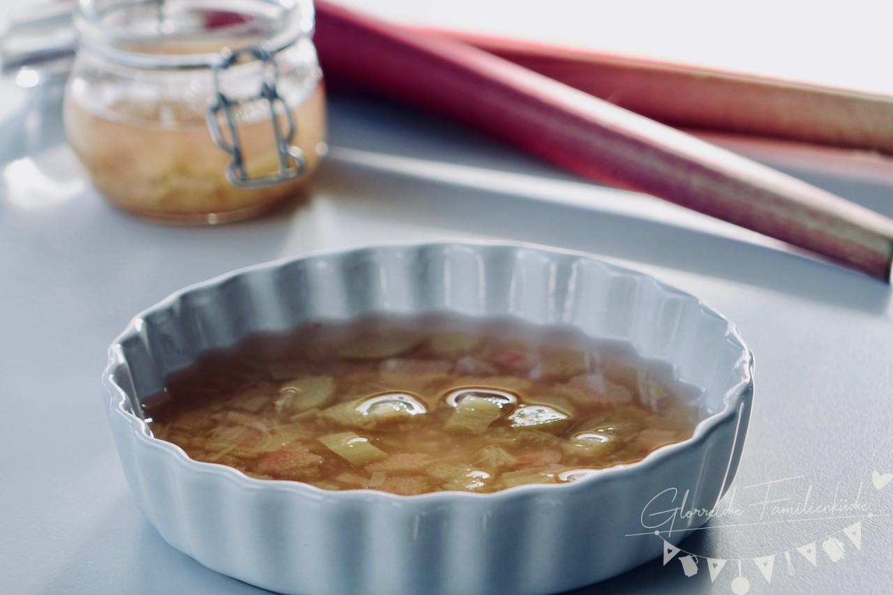 Rhabarberkompott Gericht Nachspeise Glorreiche Familienküche