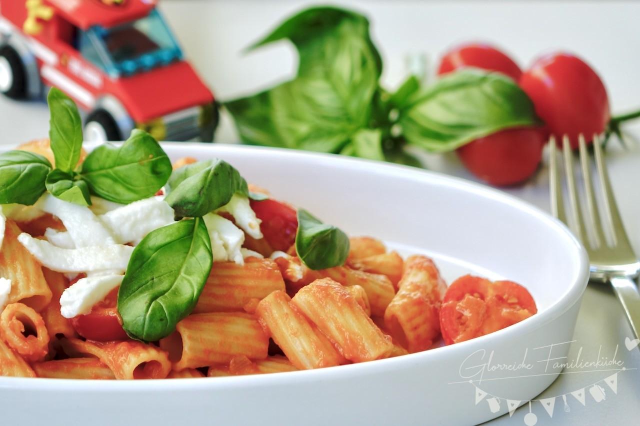 Schnelle Sommerpasta Gericht 4 Glorreiche Familienküche