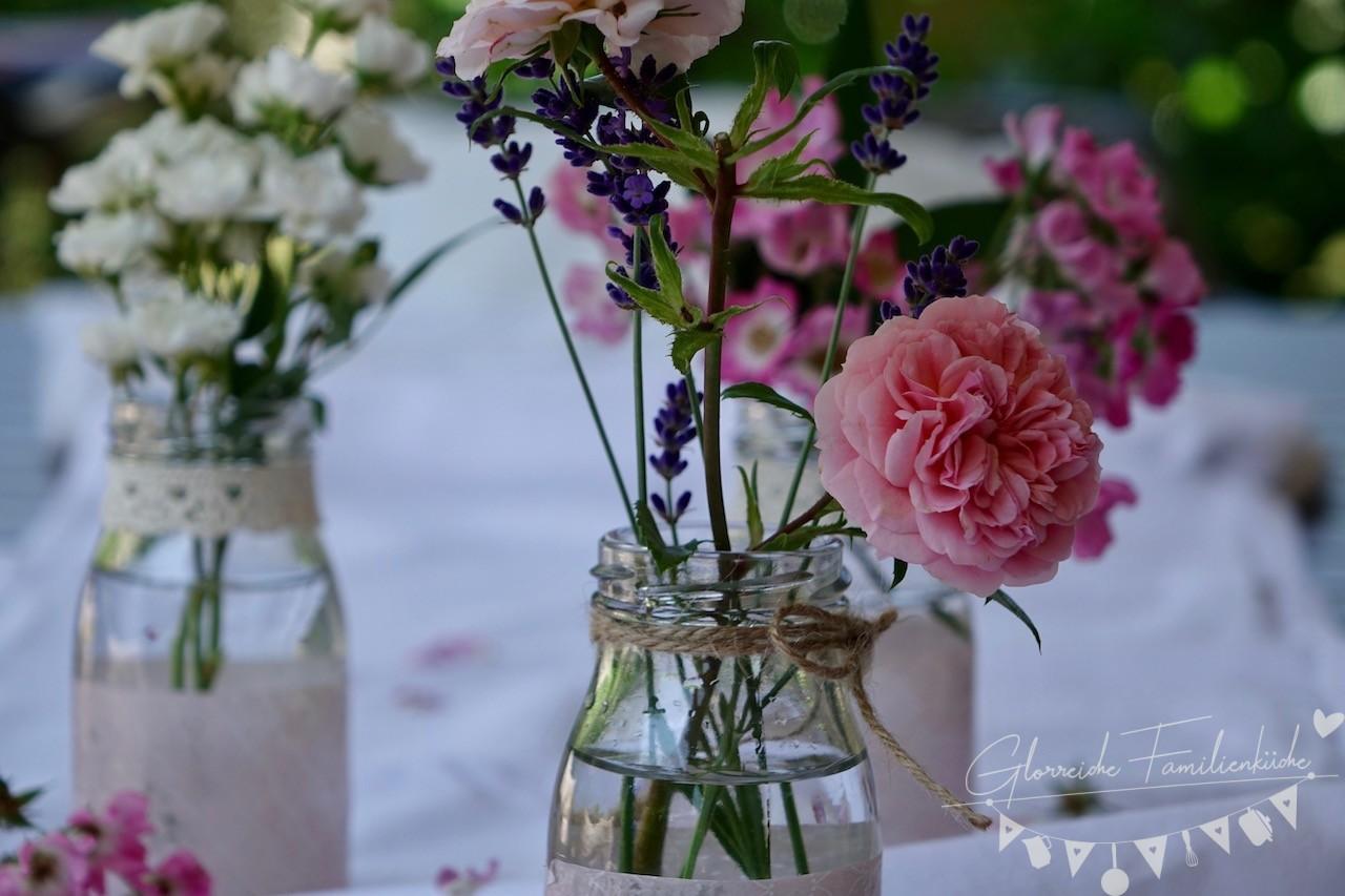 Vase mit Serviettentechnik DIY Glorreiche Familienküche