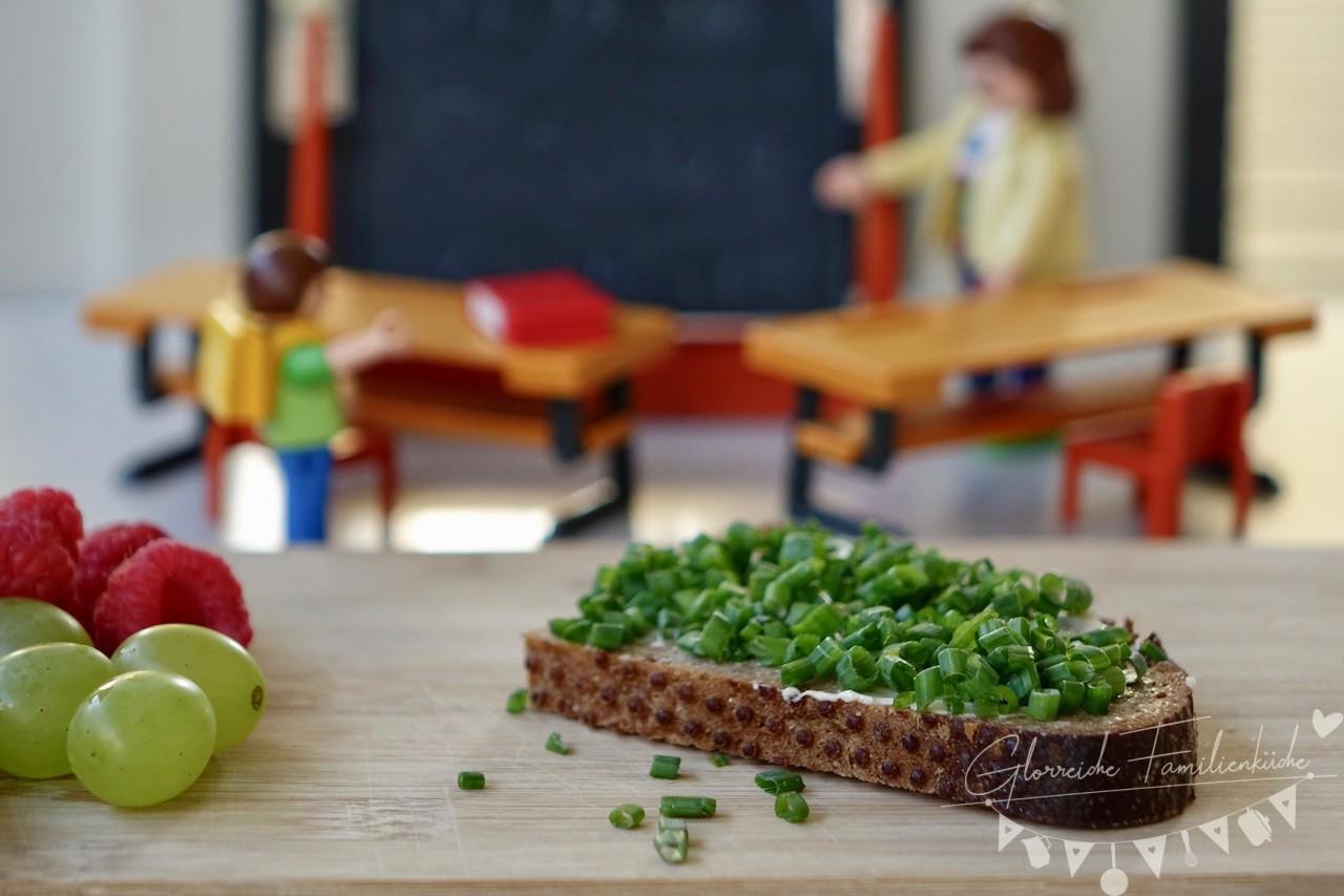 Jause Schnittlauchbrot mit Obst Glorreiche Familienküche